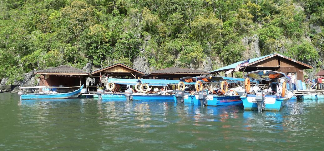 langkawi-tarikan-floating-fish-farm-04